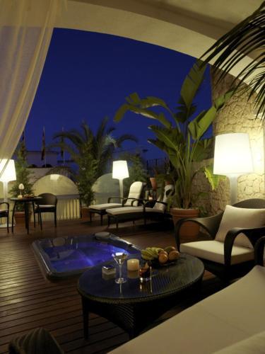 Große Suite Hotel Mirador de Dalt Vila 18