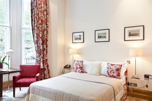 181 Cromwell Road, Earls Court, London, England, United Kingdom, SW5 0SF.
