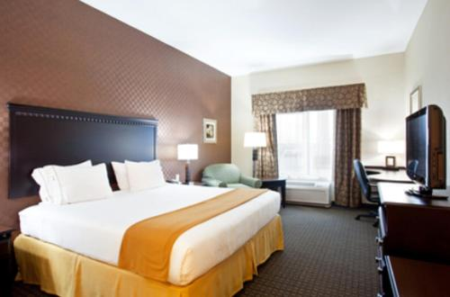 Holiday Inn Express Hotel & Suites Peru - Lasalle Area - Peru, IL 61354