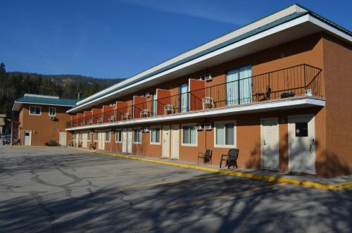 Canadas Best Value Inn And Suites Castlegar
