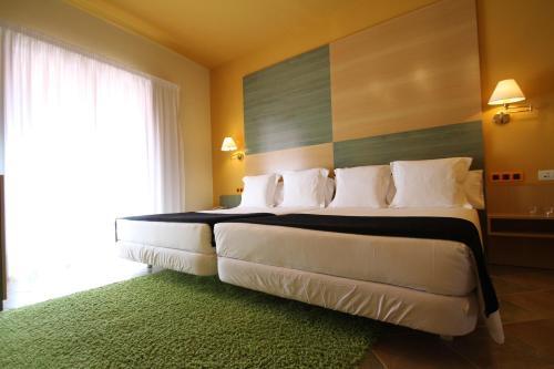 Superior Twin Room Hotel de la Moneda 6