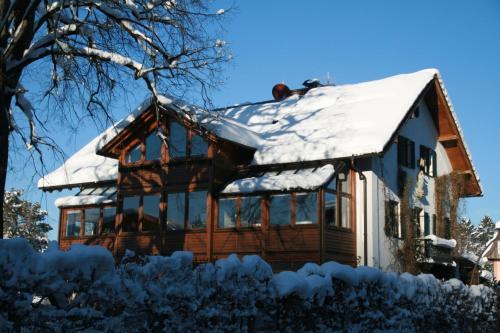 Haus bei der Linden Ferienwohnungen photo 14