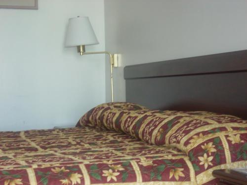 Economy Inn Seaside - Seaside, CA 93955