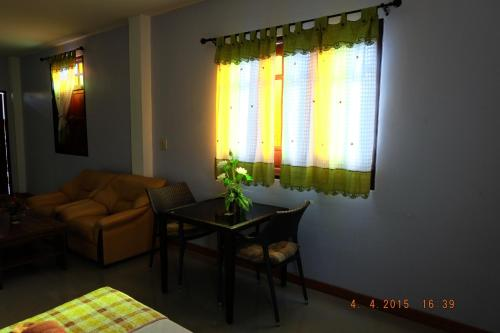 Good Luck Guest House photo 13