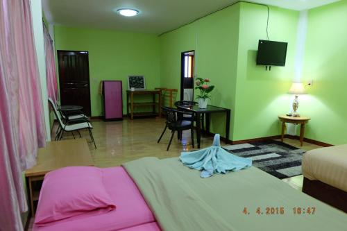 Good Luck Guest House photo 17