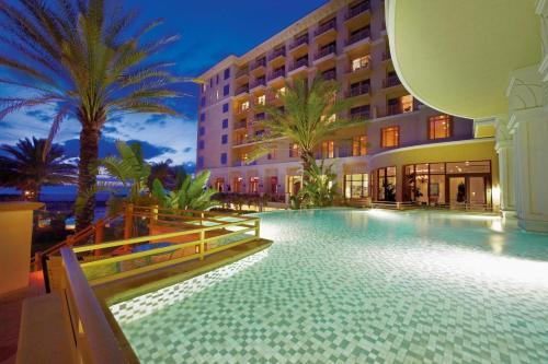 Sandpearl Resort Photo
