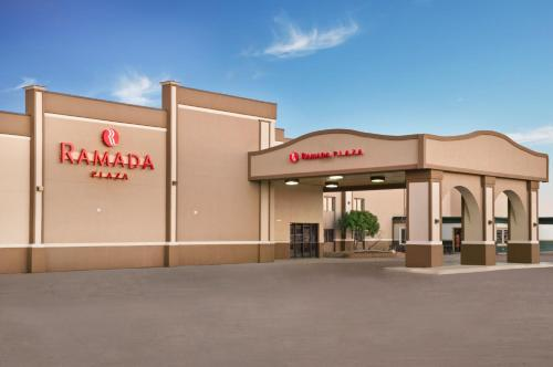 Ramada Plaza Gillette Photo
