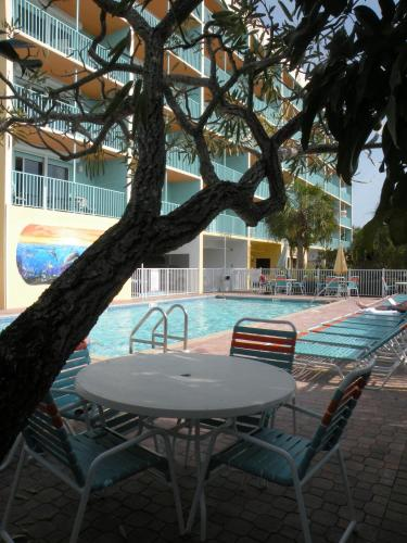 South Beach Condo Hotel - Treasure Island, FL 33706