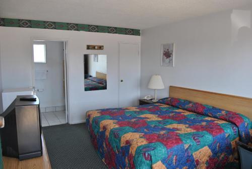 Travel Inn Motel Michigan City - Michigan City, IN 46360