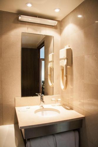 Hotel Bac Saint-Germain photo 9