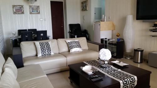 Apartment Al Hamra