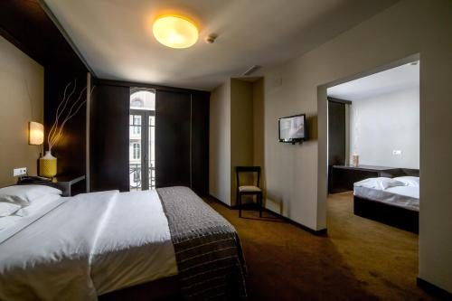 Hotel Expo Astoria photo 17