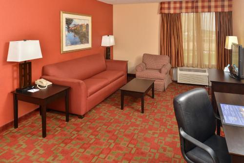 Chateau Suite Hotel Downtown Shreveport - Shreveport, LA 71101