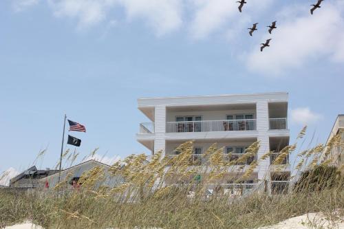 Seaside Inn - Isle of Palms Photo