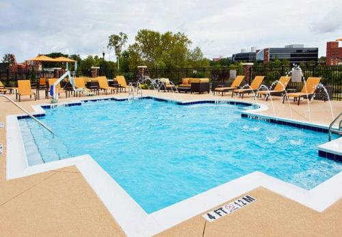 Courtyard By Marriott Columbus Phenix City - Phenix City, AL 36867