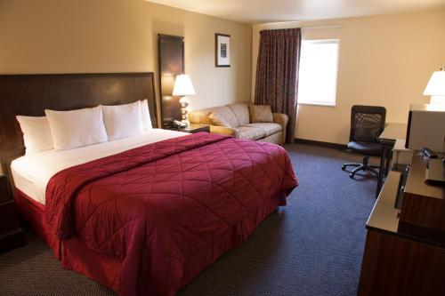 Cedars Inn - East Wenatchee, WA 98802