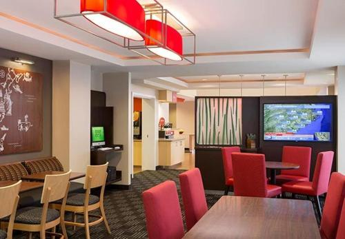 Towneplace Suites By Marriott Florence - Florence, SC 29501