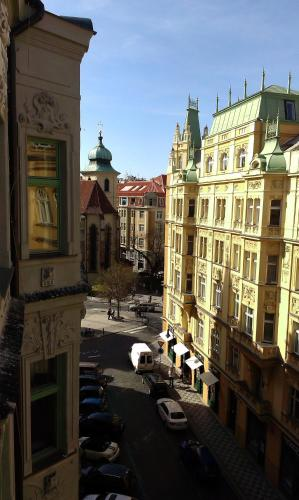 V Kolkovne Old Town Apartment