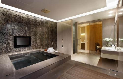 Eastern Hotel & Resorts Yangmei