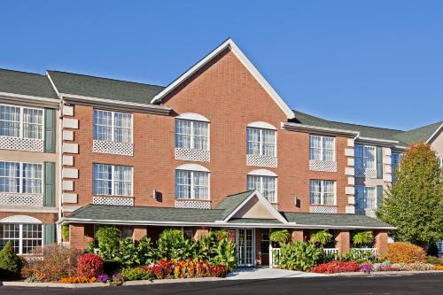 Country Inn & Suites by Radisson, Macedonia, OH Photo