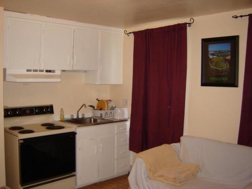 Hershey Travel Inn - Hershey, PA 17033