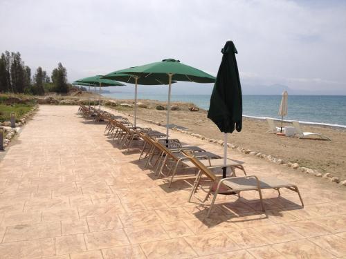 Villa Samaliana Sandy Beach Villas