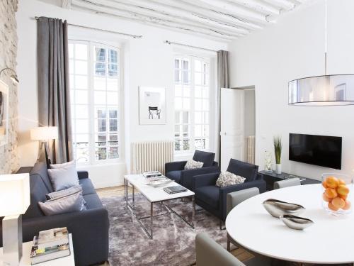 Luxury 2 Bedroom Le Marais photo 4