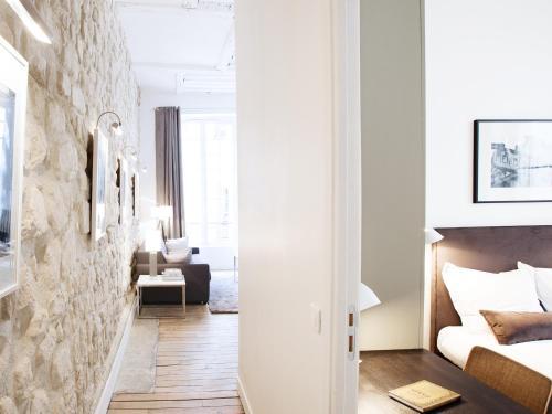 Luxury 2 Bedroom Le Marais photo 5