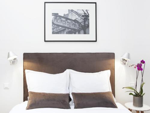 Luxury 2 Bedroom Le Marais photo 9