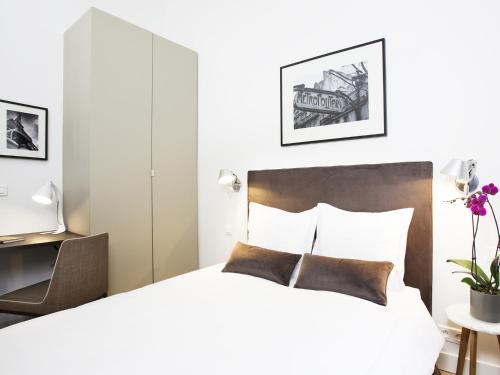 Luxury 2 Bedroom Le Marais photo 10