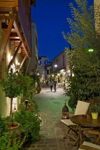 Ionas Boutique Hotel