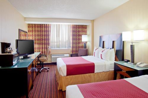 Holiday Inn Long Beach-Downtown Area Photo