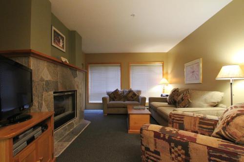 Accommodations By Whistler Retreats - Whistler, BC V0N 1B4