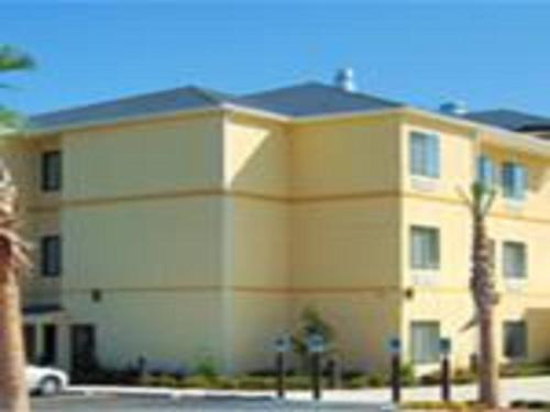 Days Inn By Wyndham North Mobile - Mobile, AL 36618
