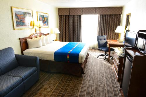 Park Inn By Radisson Sharon Pa - West Middlesex, PA 16159