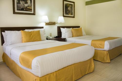 Quality Inn Ciudad Obregon Photo