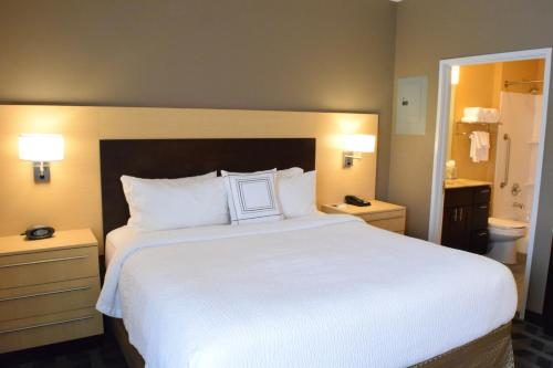 TownePlace Suites by Marriott Houston Westchase photo 11