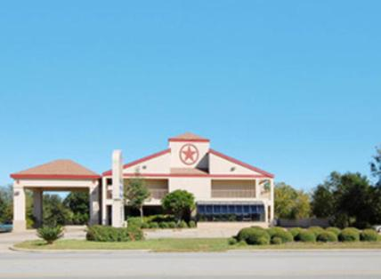 America's Best Value Inn Sealy - Sealy, TX 77474