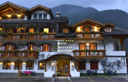 Hotel Andreas, Canazei, Italy. Rates from EUR117