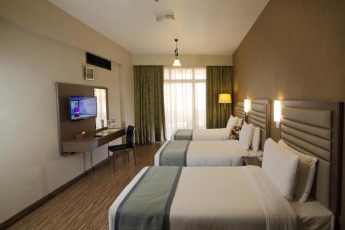 Wave International Hotel (Previously Florida International Hotel) photo 5
