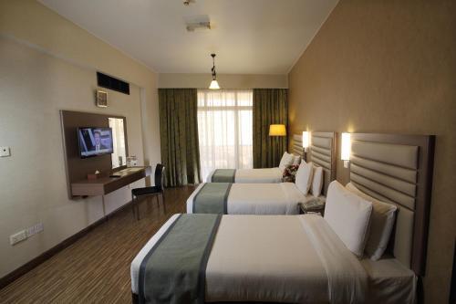 Wave International Hotel (Previously Florida International Hotel) photo 11