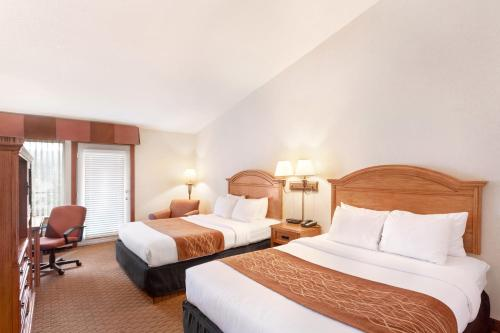 Comfort Inn & Suites by Seaside Convention Center/Boardwalk Photo