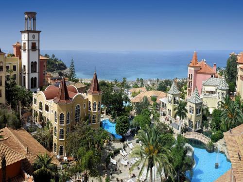 Gran Hotel Bahía Del Duque Resort - 40 of 51