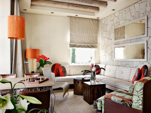 Gran Hotel Bahía Del Duque Resort - 6 of 51