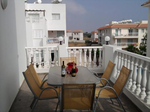 Kapparis Beach Apartment