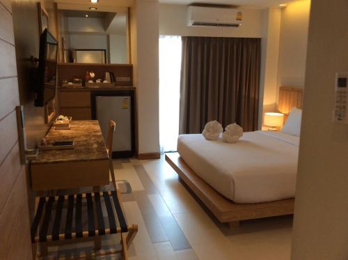 W 14 Hotel
