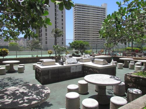 One-bedroom Apartment In Oahu - Honolulu, HI 96815