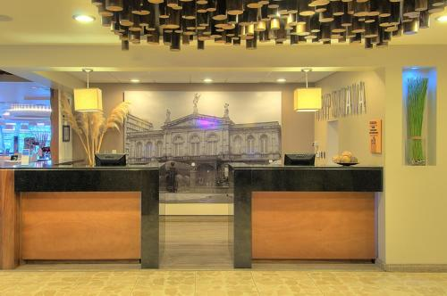 Tryp by Wyndham San Jose Sabana Photo