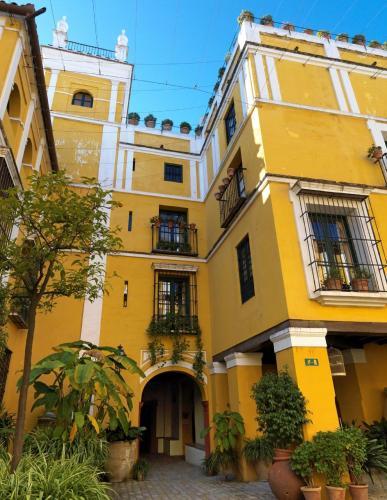 Calle Santa Maria La Blanca 5, 41004 Seville, Spain.