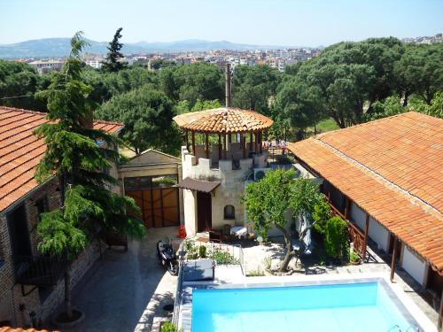 Bergama Akropolis Guest House rezervasyon